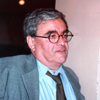photo of Harry D. Harootunian